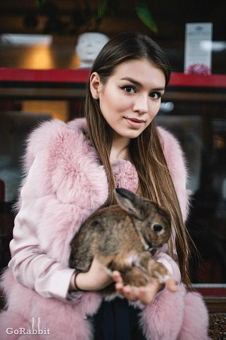 Городские сумасшедшие: Люся Чеботина