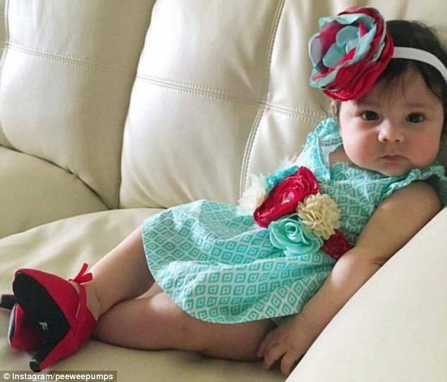 Сюр дня: малышки на каблуках шокировали общественность