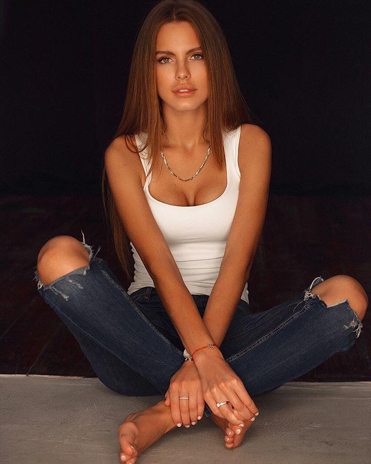 Части тела: Дарья Клюкина